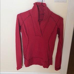 Lululemon pullover size 6